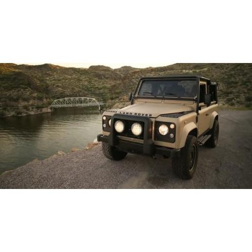 Land Rover Defender получил двигатель от Corvette