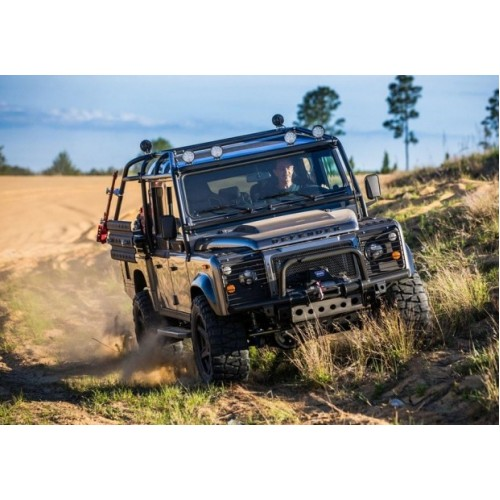 Land Rover Defender с двигателем V8 от East Coast Defender