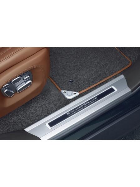 Накладка на порог с иллюминацией передняя LH (левая) Holland & Holland для Range Rover