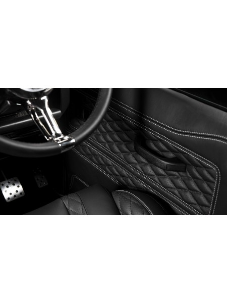 Вкладыши дверных панелей от Kahn Design для Land Rover Defender 90
