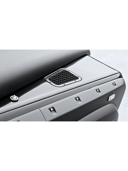 Вентиляционные отверстия на капоте с сеткой из нержавеющей стали от Kahn Design для Land Rover Defender 2007
