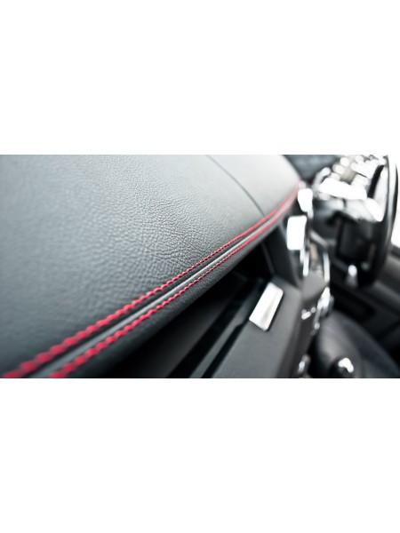 Перетяжка приборной панели от Kahn Design для Land Rover Discovery 4