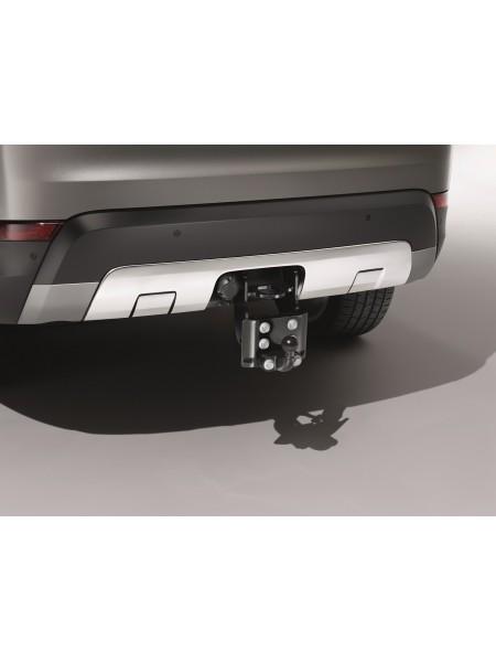 Накладка на задний бампер для Land Rover Discovery 5 2017 (под фаркоп с регулировкой)