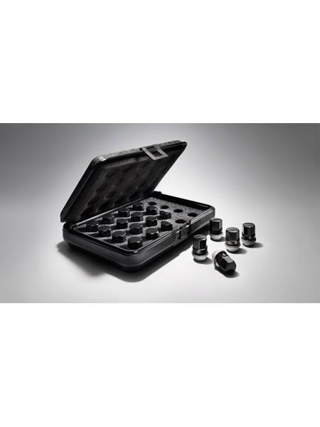 Комплект гаек Black на литой диск для Range Rover Evoque