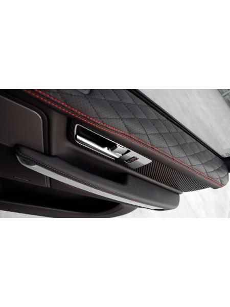 Кожаная обивка верхней части дверей от Kahn Design для Range Rover Sport 2010-2013
