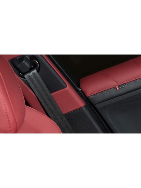 A, B, C, D стойки с мягкой обивкой из кожи или алькантары от Kahn Design для Range Rover Evoque